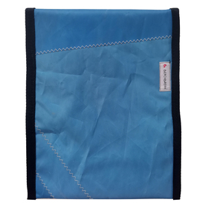 UNIKAT Tablethülle upcycelt aus einem Windsurfsegel / Segeltuch 10 Zoll - Beachbreak