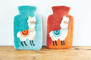 Wärmflasche Lama aus Schurwolle (Merino), terra oder mint - hergestellt in Handarbeit - feelz