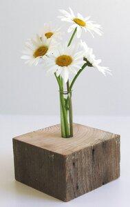 Einzigartige, dekorative Holzvase - Natur-Pur- eckig - Die Schreiner Christoph Siegel