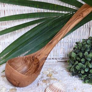 Schöpfkelle (30 cm) für Küche & Sauna aus Olivenholz - Olivenholz erleben