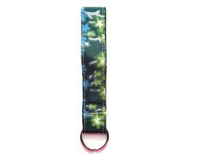 Leesha WILDe Upcycling Schlüsselband Dunkelgrün aus Stoff - Leesha