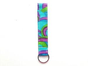 Leesha WILDe Upcycling Schlüsselband Neon Traum aus Stoff - Leesha