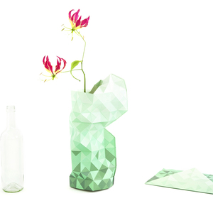 Paper Vase Cover - Dutch Design Papiervase - green gradient - Pepe Heykoop