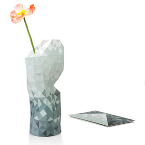 Paper Vase Cover - Dutch Design Papiervase - grey gradient - Pepe Heykoop