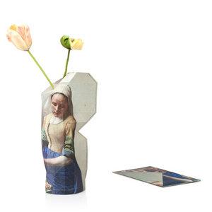 Paper Vase Cover - Dutch Design Papiervase - Milchmädchen Vermeer - Pepe Heykoop