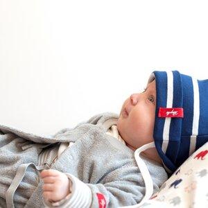 Blau weiß gestreifte Babymütze - People Wear Organic
