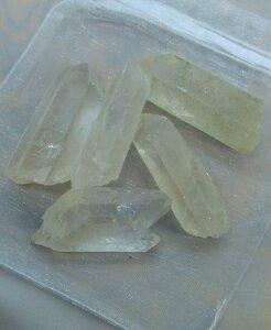 Bergkristall Spitzen Wassersteine im Organzabeutel - quintESSENCE Wassersteine - OneWorldMinerals