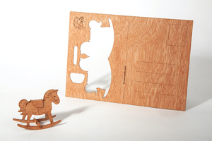 Zedernholzkarte Schaukelpferd - Formes