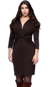 JULIET Etui-Kleid mit 3/4-Ärmeln und aufwendiger Drapierung - Ingoria