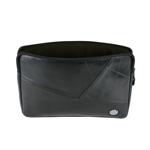 13-Zoll Laptoptasche 'Tire Fire' - GOMA
