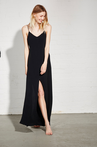 SLIP DRESS UMA BLACK - Hati-Hati