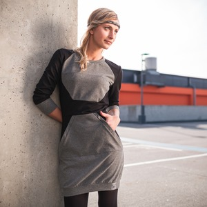 Polygon Dress schwarz - eisbörg