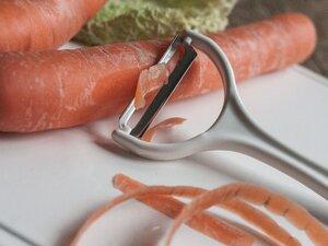 Veganer Möhren-Schäler 'Y'  - Biodora