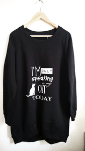only speakting to my cat today Longsweat - WarglBlarg!