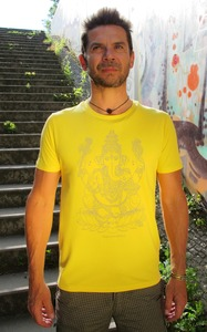 "Yoga T-Shirt ""Ganesha"" for men - YogiCompany"
