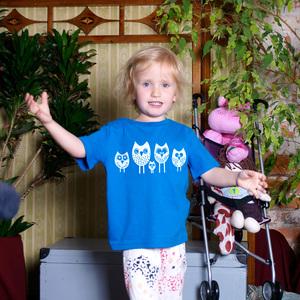 '5 kleine Eulen' Kinder T-Shirt FAIR WEAR ORGANIC - shop handgedruckt