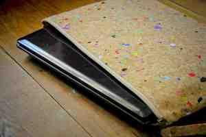 Laptop Hülle aus Kork, Notebook Tasche 13 Zoll - ecopaper