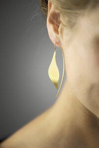 Puristischer Ohrring Blatt aus 925er Sterling Silber - Gold doubliert - LUXAA