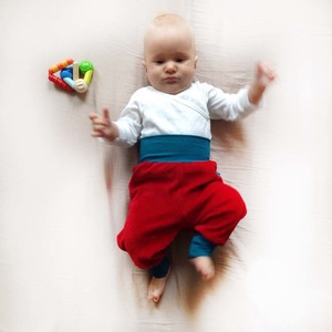 Baby Gemütlichkeitshose rot/petrol - bingabonga