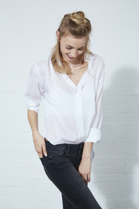 BLOUSE LEYLA SLIT BACK WHITE - Hati-Hati