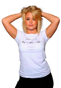 "Bio Shirt ""Believe Barbed"" von Human Family  - Human Family"