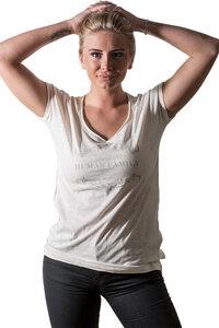 "Bio Shirt ""Imagine Traditional"" von Human Family  - Human Family"