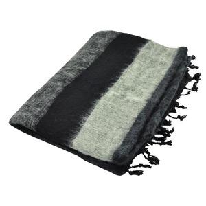 Indra - Plaid oder Wohndecke mit 'Yakwolle' - schwarz grau gestreift - MoreThanHip