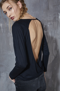 CUT OUT BACK TOP BLACK - Hati-Hati