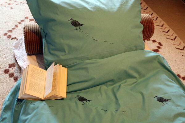 hirschkind handbedruckte bio bettw sche 39 m we in t rkis. Black Bedroom Furniture Sets. Home Design Ideas
