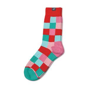 Bunte gekachelte Socken aus Bio-Baumwolle für Männer und Frauen - Rot / Grün / Rosa - MINGA BERLIN