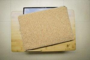 Laptop case 13-14 inch, Hülle aus recyceltem Kork MacBook Tasche 13-14 Zoll  - By Copala
