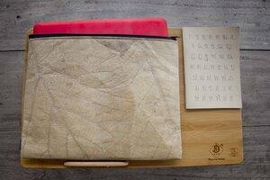 Laptop Hülle aus Blättern 13 -14 inch (braun), Notebook Tasche 13 - 14 Zoll, wasserabreisend - By Copala