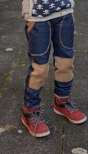 Mitwachs-Jeans blau mit Taschen und beigen Cordflicken - Omilich