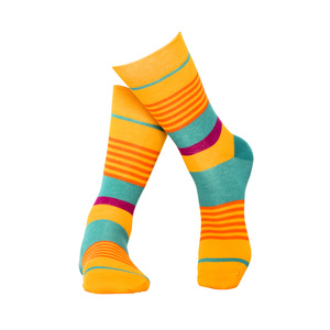 Gelb gestreifte Socken aus Bio-Baumwolle - MINGA BERLIN