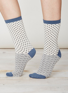 Wren Socks - Lily White - Thought | Braintree