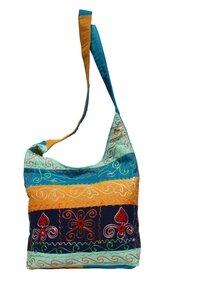 Umhängetasche, bunt mit  Querstreifen 789-05 - Karma Fair Trade