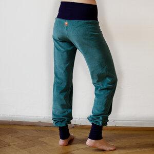 Wohlfühl und Yogahose seagreen - Cmig
