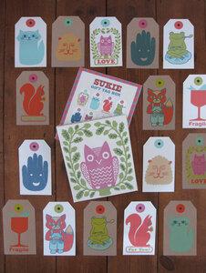 Box mit 32 Geschenk-Anhängern - Sukie