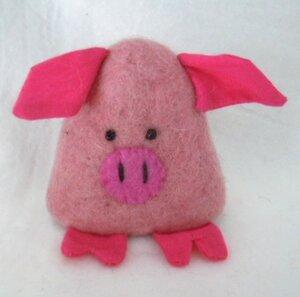 kleines Schweinchen als Filz Eierwärmer - short'n'pietz