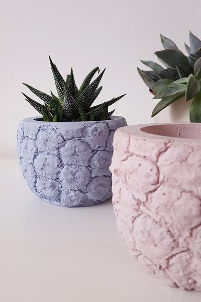 concrete jungle betonmanufaktur beton bertopf. Black Bedroom Furniture Sets. Home Design Ideas