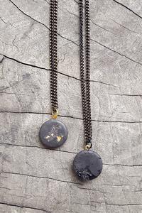 Beton Kette Black Edition Turmalin Edelsteine oder Blattgold schwarz - Concrete Jungle | Betonmanufaktur