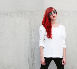 White Dreams Sweatshirt - Ecostories