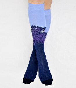Kniestrümpfe mit Mountain-Muster lila-blau 777781486 - Foot Knox