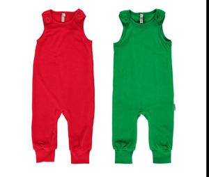 Baby-Playsuit Latzhose aus Kuschel-Nicki in rot oder grün - maxomorra