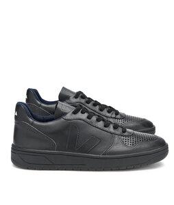 V10 Leather Black Black - Veja