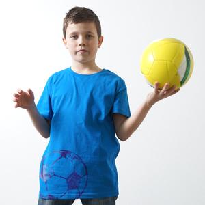 'Fußball' Kinder T-Shirt Fair Wear Organic - shop handgedruckt