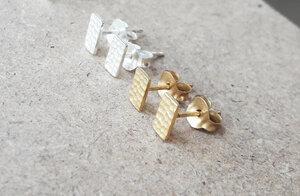 Puristische Ohrstecker Rechteck aus 925er Sterling Silber - vergoldet - LUXAA