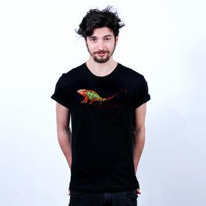 Chameleon - Männershirt mit Print aus Bio-Baumwolle - Coromandel