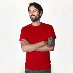 Fairtrademerch Men's Organic T-Shirt (red) - Fairtrademerch