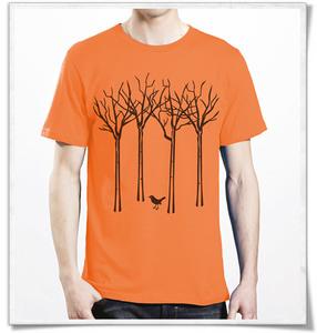 Vogel im Wald T-Shirt für Männer in orange - Picopoc